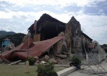 93 dead as quake hits Philippine tourist islands